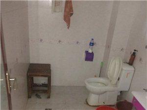 光明小学附近2室1厅1卫,一年租金8500元