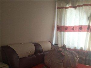 绿莹苑小区3室2厅1卫1600元/月