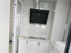 整租二中东侧中泉首府精装三室繁华地段家电齐全拎包入