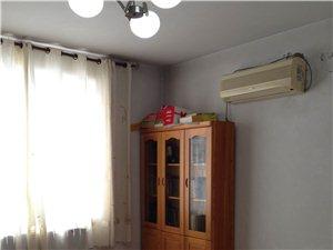 金丰家园3室2厅1卫1400元/月