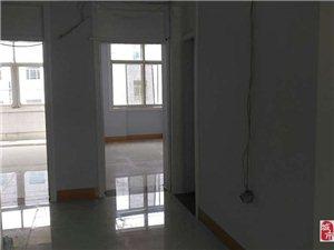 水泥厂宿舍3楼70平3室1厅1卫35.8万元
