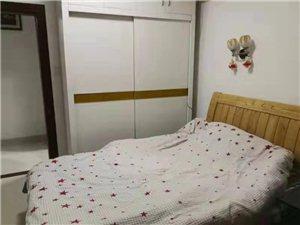 出租缘江新景1室1厅1卫1100元/月
