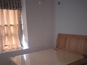 怡心花园3室2厅1卫1700元/月拎包入住