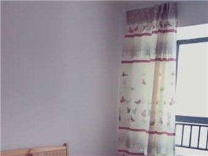 鸿润都市华庭3室1厅2卫1000元/月