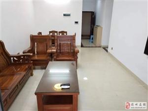 盛世皇冠3室2厅1卫2100元/月拎包入住