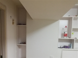 永辉楼上单间,和房东合住1室0厅1卫410元/月