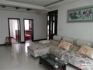 龙塘湾精装修步梯四楼4室2厅2卫1250元/月