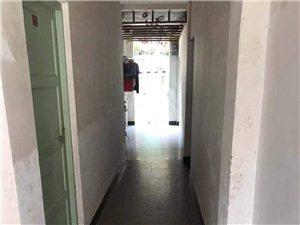 交警大队后面,一楼,2房1厨1卫