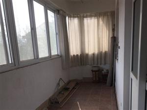 芙蓉居3室2厅1卫1200元/月