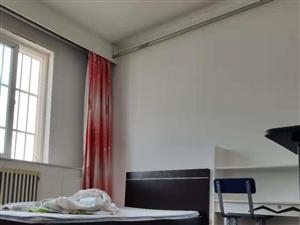 李园小区2室2厅1卫1300元/月