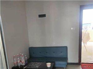 华彩步行街2室1厅1卫1000元/月