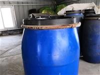 100公斤塑料桶、金屬扎框,密封性好
