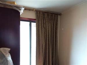 經典上城8樓3套1鎖一間家具家電齊全1600元