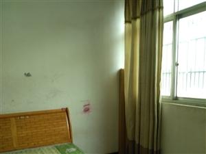 乐都小区4楼2室1厅1卫600元/月