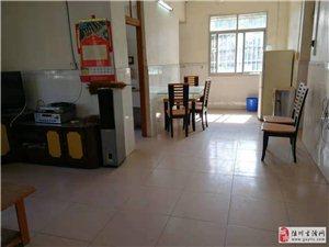 陆川疗养院宿舍区内有三房二厅带家俱四楼套间出租