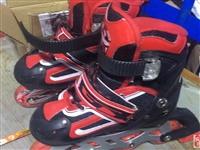 出售95成新兒童滑冰鞋,帶夜燈
