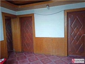 东关印刷厂小区3室2厅1卫750元/月