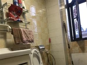 家福苑2室2廳1衛2000元/月精裝修