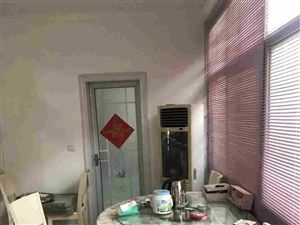 双湖路巷内套房3室2厅1卫55万元