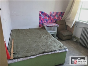 雄关一小区2室1厅1卫900元/月