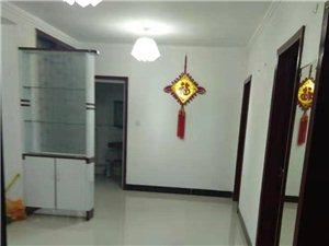 安泰家苑三室一厅950元/月