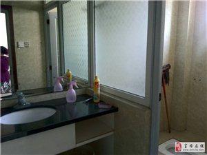 县政府后面4室2厅1卫1500元/月