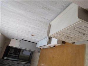 酒店式公寓,拎包入住,出行便利,看房方便,价格实惠,温馨一室