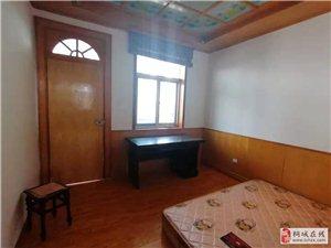滨河苑3室2厅1卫1000元/月