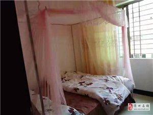 金霖花园3室2厅2卫1300元/月家电家具齐全