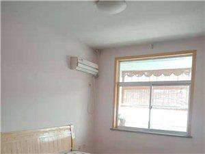 阳光花园3室2厅1卫1.6万每年