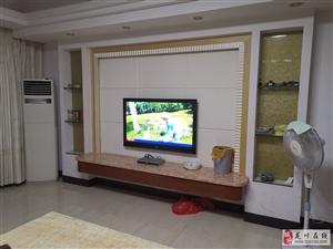 家和大厦4室2厅2卫3000元/月