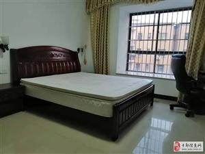 锦绣嘉园3室2厅2卫2400元/月