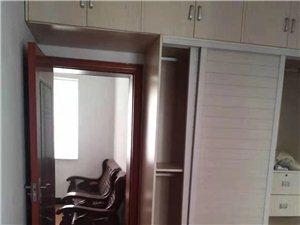 水塘河廉租房4楼2室1厅1卫740元/月