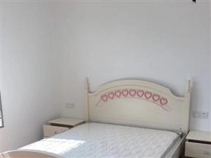 兆南2室2厅1卫1800元/月
