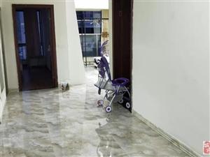 香江半岛3室1厅1卫电梯1090元/月(含物业费)