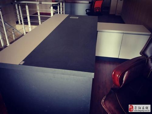 新買辦公班臺,老板桌,椅子