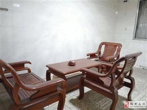 毅新苑2室1廳1衛800元/月