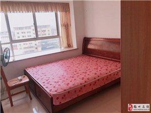 温馨花园3室2厅2卫1500元/月