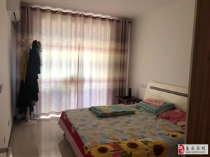 东关新村  两居 800/月 拎包入住 随时看房