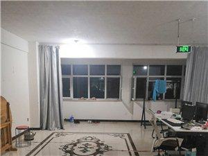 濮院雀屏针织园400平转租7个月房租两万二