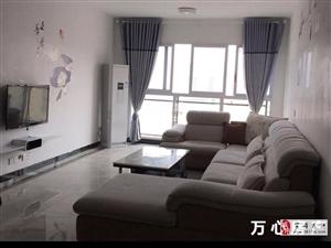 西城名都3室2厅2卫精装修4个空调1800元/月