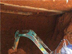 平湖小挖機出租,微型挖掘機出租,平湖專業30挖掘機出租