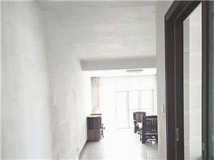 向阳花园3室2厅2卫1400元/月