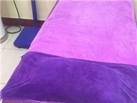 转让九成新美容床,带床品四件套,被子;美甲桌