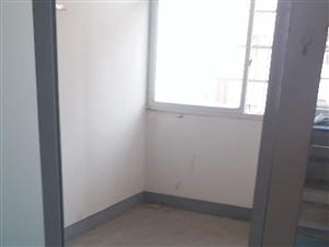 春暉小區2室1廳1衛600元/月