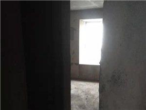 丽英怡苑3室2厅2卫毛坯房出售,4000元/平