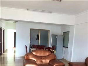 蓝溪国际3室2厅2卫2400元/月
