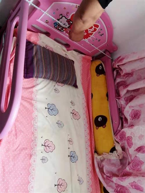 闲置儿童护栏床