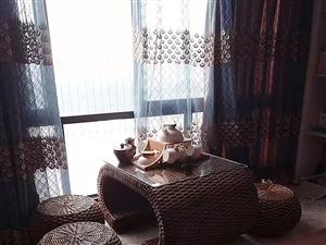 凯丽滨江3室1200元/月