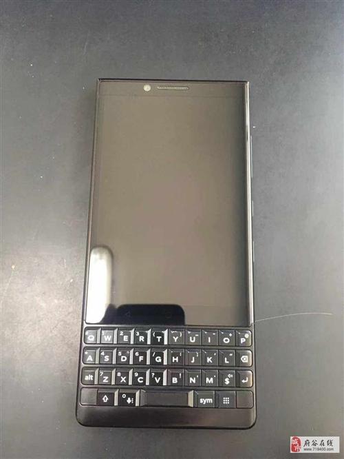 经典全键盘黑莓手机,现在低价转让